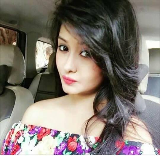 Cute Girl Whatsapp DP