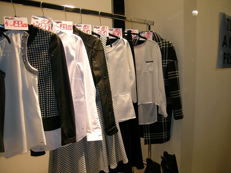 clothes-1624973_960_720