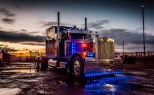 kidtropolis-optimus-prime-truck-photo-dsc_5535-365x225