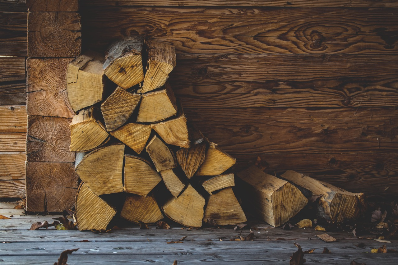 Giving Your Home That Authentic Log Cabin Look