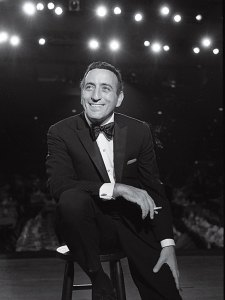 tony bennett sstool1 - Song of the Day: Keep Smiling at Trouble
