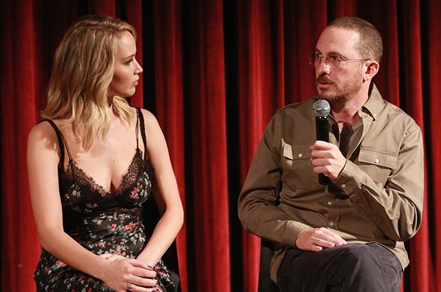 """Дженнифер Лоуренс и Даррен Аронофски посетили Академию киноискусств и наук в поддержку фильма """"мама!"""""""