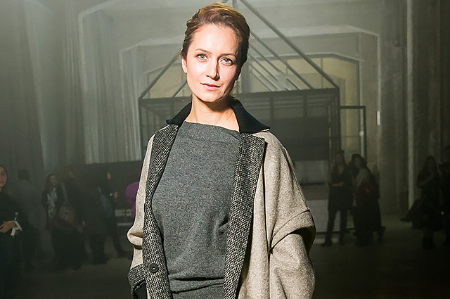 Виктория Исакова, Алена Долецкая и другие гости модного показа в Москве