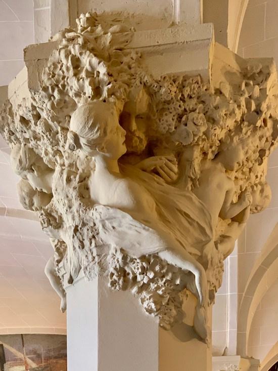 Detalle de moldura del interior del Hotel Mercure Lyon Centre Château Perrache