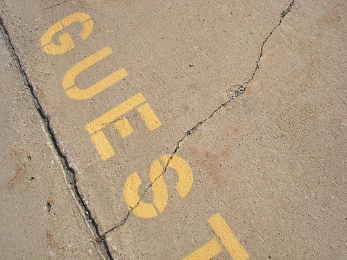 5 Stealthy Tactics of Guest Posting