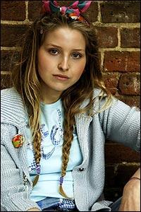 Jessie Cave - Lavander Brown