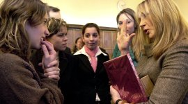 JKR y Gobierno Rumano Unen Esfuerzos para Ayudar a Niños Huérfanos Discapacitados