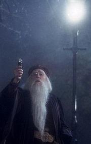 Científicos Muggles Crean Réplica del Desiluminador de Albus Dumbledore