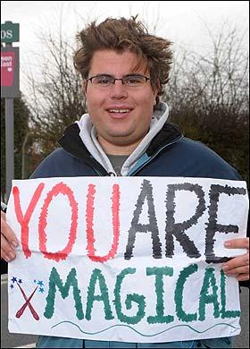 Fanático Brent Klovstad Aclara su Intento de Obtener Trabajo en el Set de 'Harry Potter'