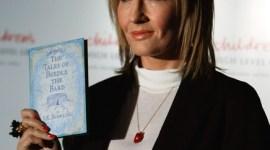 JK Rowling y CHL Hablan del Éxito de Ventas de 'Los Cuentos de Beedle el Bardo'
