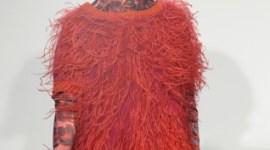 Bonnie Wright Modela para el Evento 'Katie Eary Show' de la Semana de la Moda de Londres