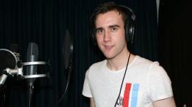 Matthew Lewis, Confirmado para las Grabaciones de Voz del Videojuego de 'Las Reliquias, II'