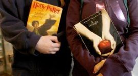 'Harry Potter' vs. 'Twilight': Las Lecturas de Juventud y la Formación de la Identidad