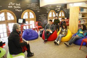 Actividad sobre Harry Potter en Campus Oriente Chile - Biblioteca Escolar Futuro