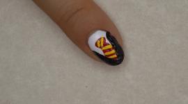 Video: Pinta el Uniforme de tu Casa de Hogwarts en tus Uñas