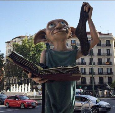 Fans de Harry Potter en Madrid «liberan» a Dobby