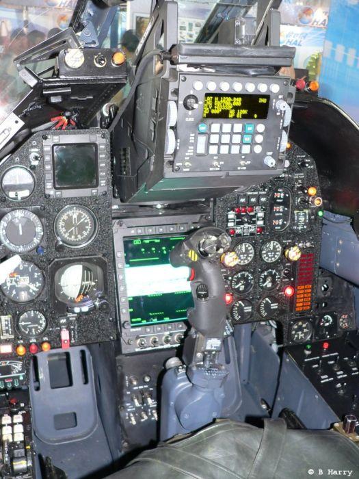 Cockpits de aviões militares