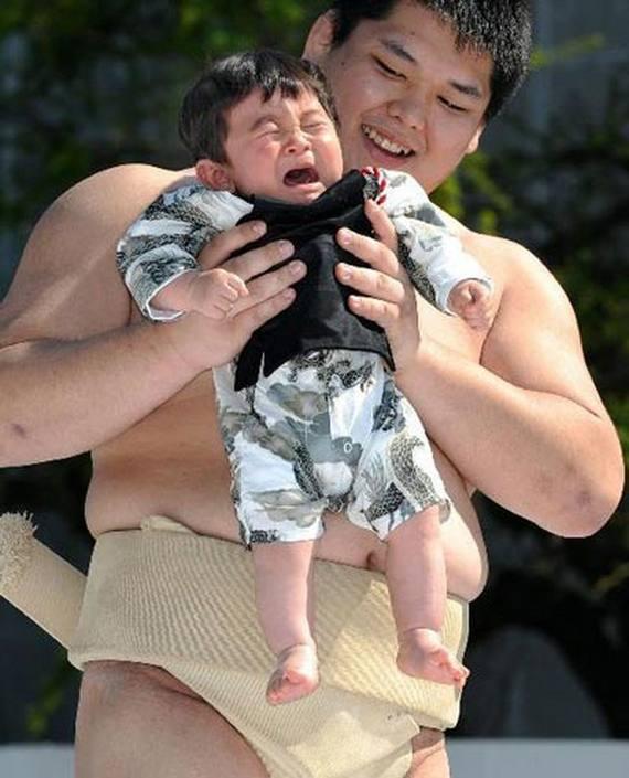 Naki Sumo, Crying Baby Contest