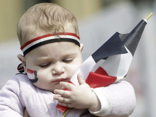 Bebê egípcio fofo meramente ilustrativo só pra arrancar suspiro das leitoras mulheres moças do sexo feminino