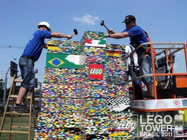 É do Brasil o novo recorde de maior torre de LEGO do mundo!