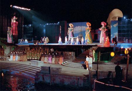 Incríveis Cenários de Ópera: The Tales of Hoffmann