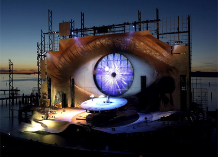 Incríveis Cenários de Ópera: Eye of Tosca