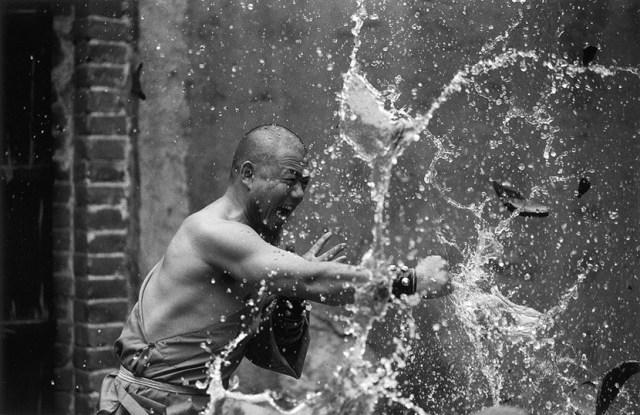 O árduo treinamento dos monges Shaolin