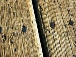 madeira-e-pregos_2505822