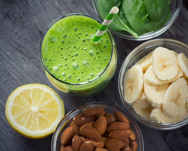 38921725 - green fresh healthy smoothie with fruits and vegetables
