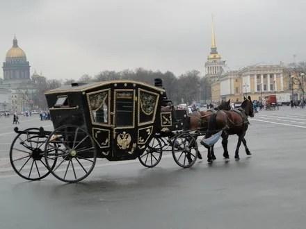 #774 「再びロクサーヌ姫の馬車に乗せられて。」1 - この懐かしき本たちよ!
