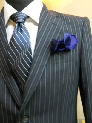 「スーツ ストライプ 派手」の画像検索結果