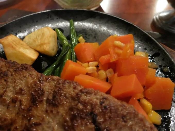 「ステーキ 付け合わせ にんじん」の画像検索結果