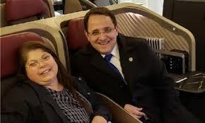 André Luís Souza Costa da Silva de 45 anos e sua esposa Cláudia Maria Patrício Souza Costa da Silva de 51 anos internada na UTI do HRAN