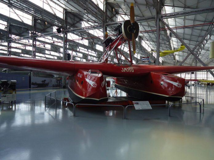 Jahu é um hidroavião Savoia-Marchetti S.55 (versão C)
