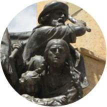 bolivia-statue