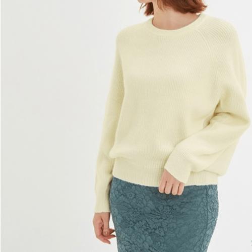 オーバーサイズコクーンセーター