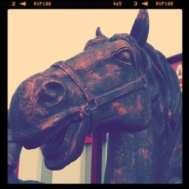 Statue de cheval au restaurant mongol à Illkirch