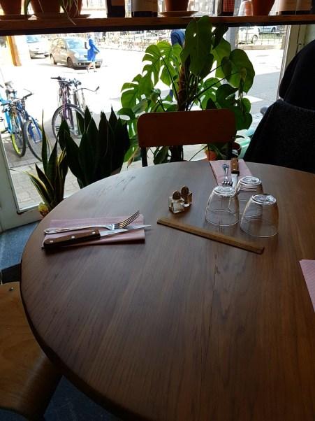 Petite cantoche restaurant Strasbourg plat du jour tribunal fosse des treize nouvelle décoration table