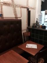 SMOKEY BROTHERS Strasbourg pastrami krutenau fauteuil table