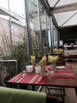 Villa Schmidt brunch Strasbourg dimanche jardin 2 rives table