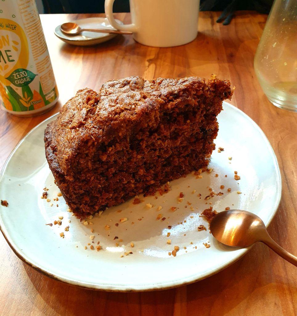 Avobowl restaurant Strasbourg avocat carrot cake