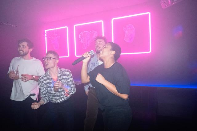 Groove box Strasbourg karaoke groupe chant