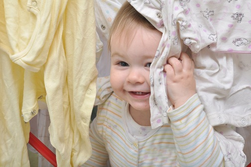 Pantangan Saat Belanja Baju Bayi