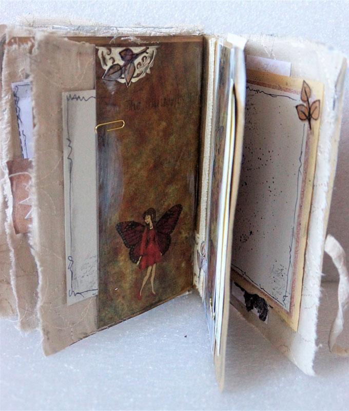 junk journal - motyl