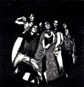 Alice Cooper - Love It to Death (1971)