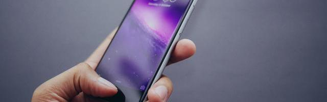 iphone se pret