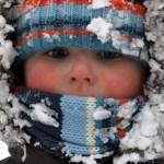 A legrosszabb amit tehetsz, hogy túlöltözteted a gyereket a hidegben!