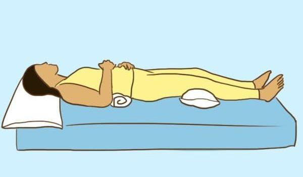 Milyen betegséggel hogyan kell aludnod? Íme a megfelelő pozíciók
