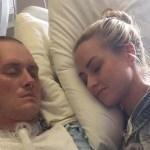 2 hónap kóma után a katona megcsókolja feleségét… mióta megnéztem a képeket, nem tudom abbahagyni a sírást!
