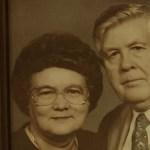 Felesége halála után hihetetlen dolgot fedez fel egy régi telefonkönyvben… ami ezután történik az szívszorító!